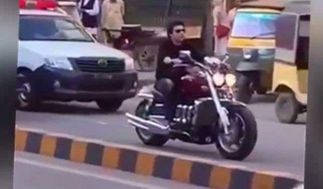 Living Style of  A Pakistani Minister whose tax paying details are under discussion……